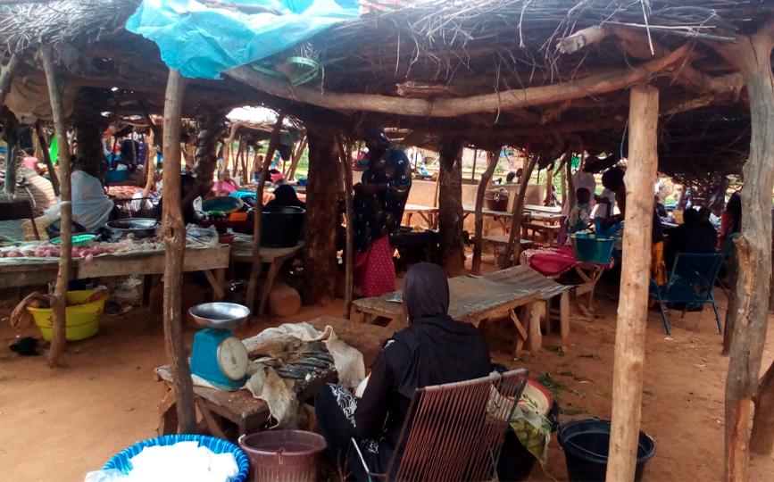 Le marché de Lafiabougou est le lieu de regroupement des membres de la tontine