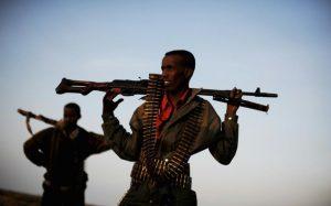 Des miliciens de la province de Galmudug, près de la capitale régionale Galkayo le 18 août 2010 afp.com - ROBERTO SCHMIDT
