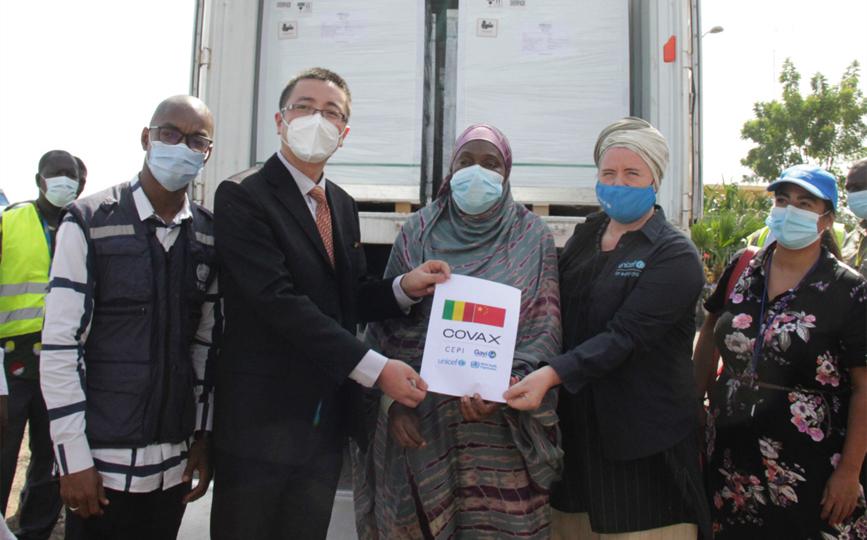 La ministre Diéminatou Sangaré a réceptionné ce lot qui sera distribué sur toute l'étendue du territoire